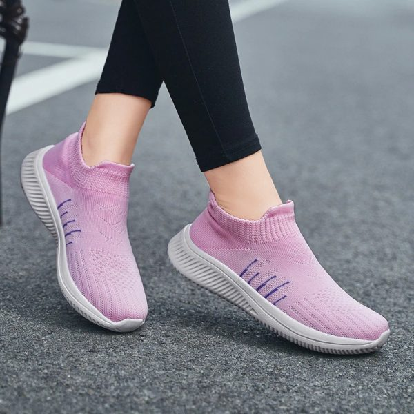 Fashion Women Slip-on Comfort Breathable Pink color running Shoes For Woman